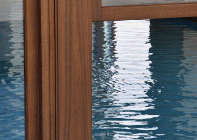 Navello finestra legno saliscendi aperta
