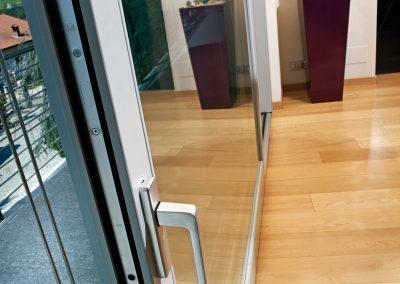 Navello finestra legno scorrevole maniglia