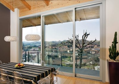 Navello finestra legno scorrevole a 3 ante