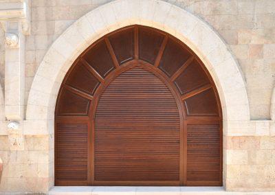 Navello persiana legno centinata con pannelli