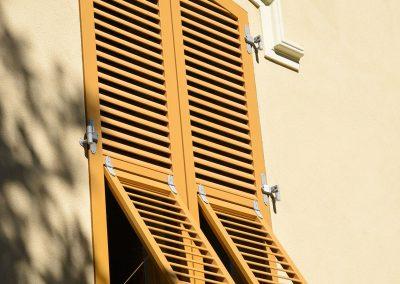 """Navello persiana legno con sportello alla """"genovese"""""""