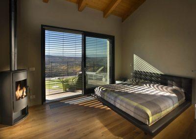 Navello finestra legno scorrevole e frangisole
